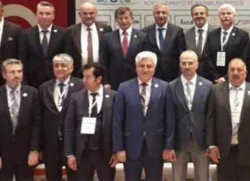 AKP'NİN YAPAR MI YAPMAZ MI DİYE SORGULANAN ÜSTÜ ÇİZİLMİŞ İSMİ SONUNDA YAPTI: DAVUTOĞLU SAHAYA İNDİ