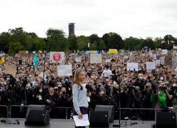 ALMANYA SEÇİMİNİ YAPTI: 16 YIL SONRA CDU, LİDERLİĞİ SPD'YE KAPTIRDI