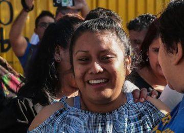 EY AKIL, VİCDAN DÜNYAMIZI TERK Mİ ETTİN? KÜRTAJIN YASAK OLDUĞU EL SALVADOR'DA ÖLÜ DOĞUM YAPAN TECAVÜZ MAĞDURU KADININ BAŞINA GELMEYEN KALMADI