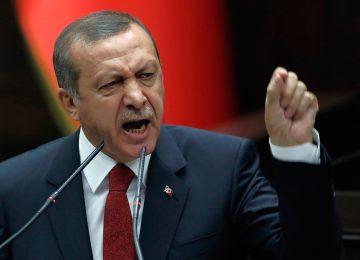 """ANKETÇİDEN AL HABERİ: """"AKP BIRAKIN SEÇİM KAZANMAYI MECLİS'E GİRERSE ŞÜKREDECEK."""""""