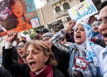 MISIR'IN EL EZHER ÜNİVERİSİTESİ BİLE KADINLARIN GİYİMLERİNİN CİNSEL TACİZ GEREKÇESİ SAYILAMAYACAĞINI AÇIKLADI