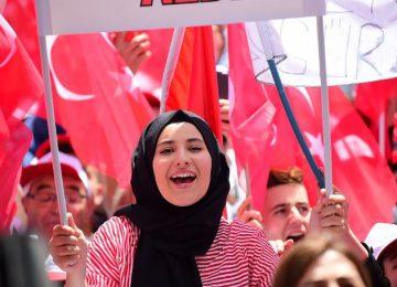AKP'NİN BİR ZAMANLAR KALESİYDİ. KAYSERİ İNCE'Yİ BÖYLE KARŞILADI..