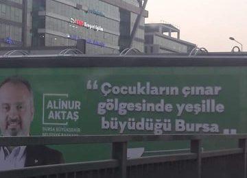 BURSA'NIN AKP'Lİ BELEDİYE BAŞKAN ADAYINDAN UNUTULMAYACAK AFİŞ: ÇOCUKLARIN ÇINAR GÖLGESİNDE YEŞİLLE BÜYÜDÜĞÜ BURSA