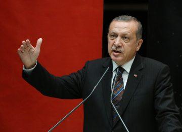 AKP'DE İÇ HESAPLAŞMAYA DOĞRU..ERDOĞAN: İÇİMİZDE BİZE YANLIŞ YAPANLAR VAR..