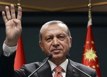 """ERDOĞAN MEVCUT BELEDİYE BAŞKANLARINDAN KAÇINI """"DİNLENMEYE"""" ÇEKECEK? AKP'DE YEREL SEÇİM MESAİSİ SÜRÜYOR"""
