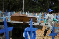 """""""SOL İLAHİYAT""""IN ÖNEMLİ İSİMLERİNDEN PEDER BETTO BREZİLYA DEVLET BAŞKANI BOLSONARO'YU ANLATTI: SALGINDA MİLYONLARCA YOKSUL ÖLÜME TERK EDİLDİ"""