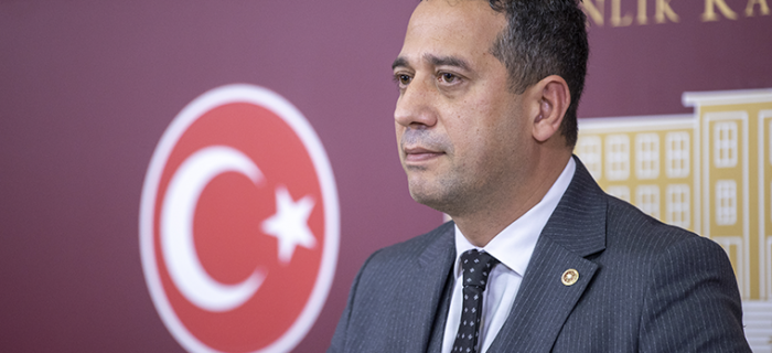 "CHP'Lİ ALİ MAHİR BAŞARIR'DAN SEDAT PEKER'LE İLGİLİ SİNYAL KESİCİ ""JAMMER"" İDDİASI"